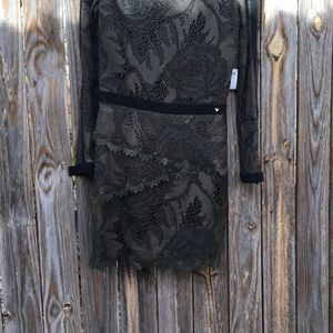 Guess dark green dress. Fully lined.